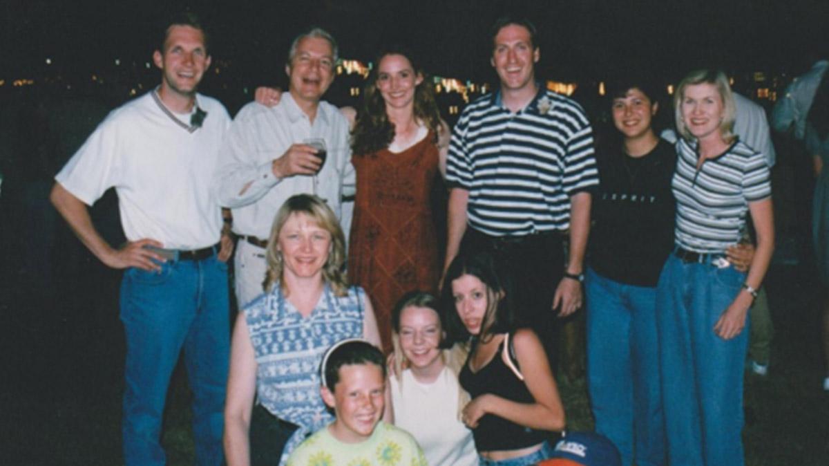 UltraTour with international distributors 1998